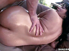 Curvaceous Latina Enjoys Hardcore Anal Sex Outdoors