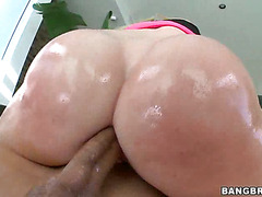 White girls with big asses love it in the ass