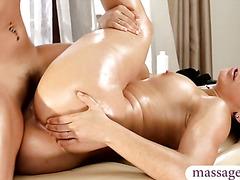 Latina babe nice massage and lesbian sex