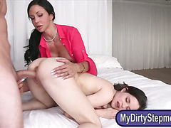 Booby milf Jewels Jade 3some on the bed