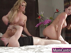 Two big tits Milfs sharing on lucky dick