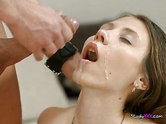Young Harlot Gets Fucked And Jizzed On The Face