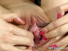 Hot babe pissing masturbation