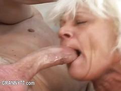 Super granny love deep havingsex