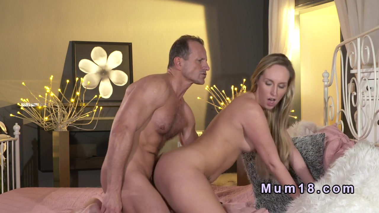 Stunningly blondes Three licking hot