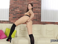 European cutie loves pussy pump and thursts huge sex toy in twat