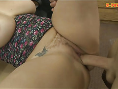 Big boobs whore pounded by pawn dude in his pawnshop