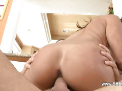 blowjob and squirting with hot pornstar
