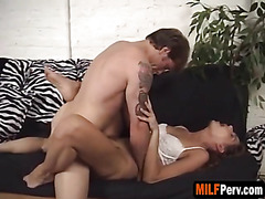 Missionary is this MILF's favourite fucking position