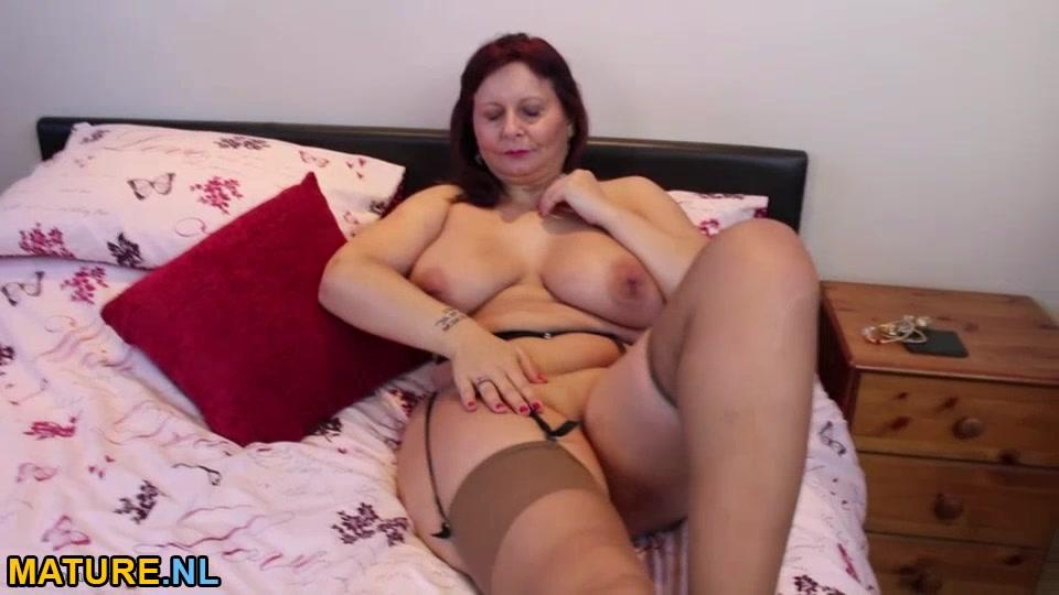 Busty Mature Lady Masturbating In Stockings-5649
