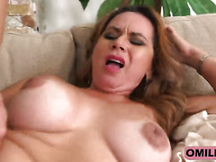 Big titted MILF Gabriela gasps while getting pussy penetrated deep