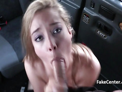 Teen stockings gal fucks in taxi