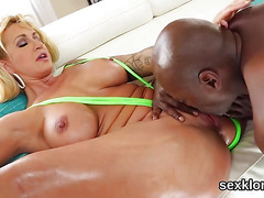 Pornstar sex kitten gets her ass hole shagged with meaty cock