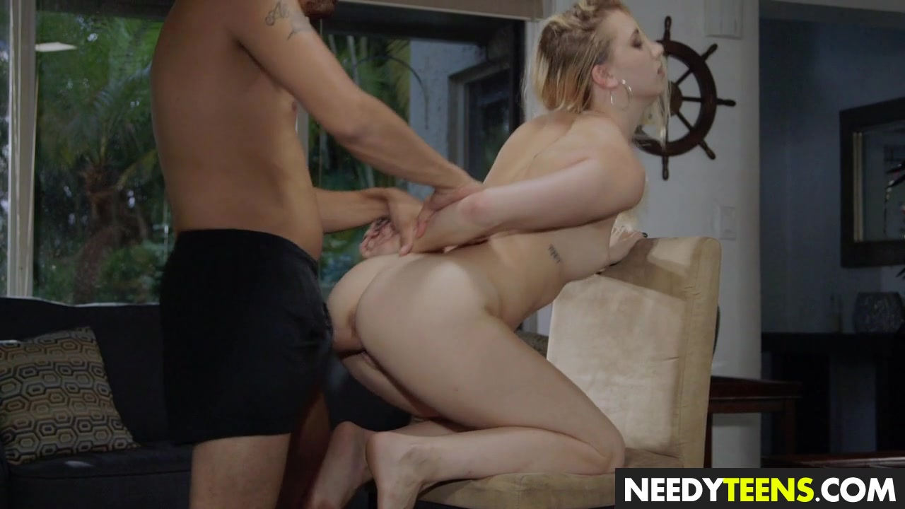 Swap with older couple and fuck
