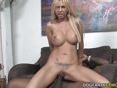 Busty Cougar Brooke Tyler Loves Black Dick