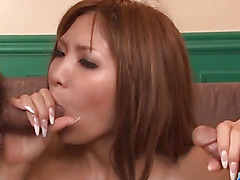 Miku Kohinata loves cracking her pussy in thresome