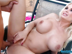 Buxom stepmom Diamond Foxx fucks outdoor