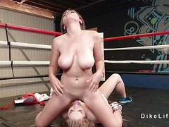 Big boobs lesbians tribbing in the boxing ring