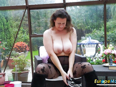 EuropeMaturE Hot Busty Solo Lady Playing Alone
