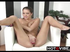 Petite Hottie Making That Pussy Cum
