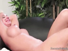 Ariella Ferrera and Leya Falcon Hot Play