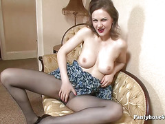 a027 Brunette in Pantyhose Teases Solo