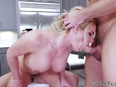 Horny mom and playfellow's daughter hd first time Army