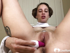 Tattooed chick craves for a sex toy