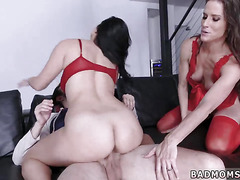 Family strokes big tit milf horny for patron' step