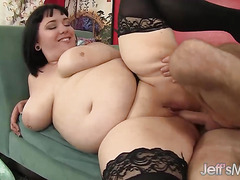 Chubby Hottie Alexxxis Allure Sucks a Big Dick Before Taking It in Her Cunt