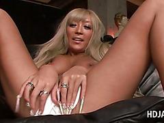 Asian blonde slut rubbing her horny cunt in close-up