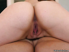 Masseuse Uses Her Pussy To Do Her Work