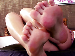 Blonde footfetish babe seduces herself
