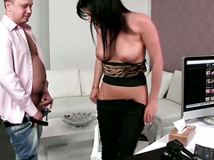 Porn agent tests what her client can do