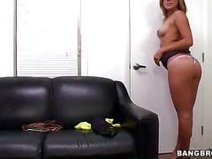 Hot girl decides to do porn