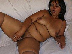 BBW Lesbian Latinas Licking Lush Labia