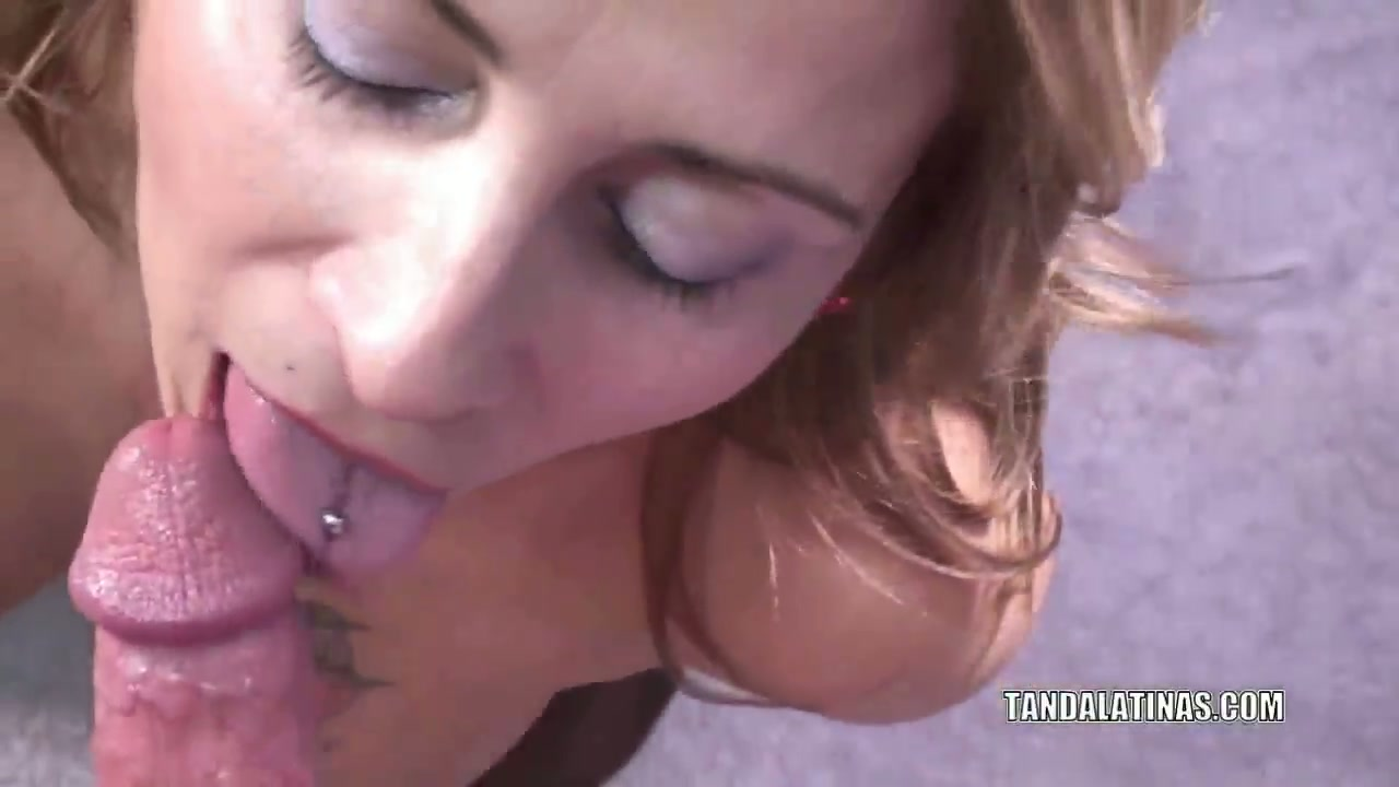 latina housewife sandie marquez is down on her knees to blow a stranger
