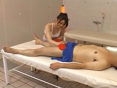 CFNM Japan masseuse toys with clients exposed hardon