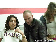 Brunette Amateurs In Oral Threesome For Stunt