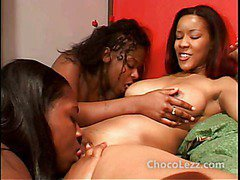 Ebony lez strapon threeway lots of pussy licking too