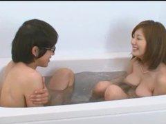 Japanese AV star Yuma Asami string bikini bathtub fun
