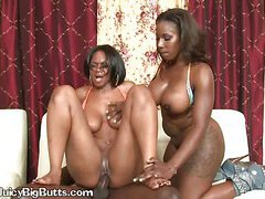 Black Girl Let Plumber Fuck her Pussies