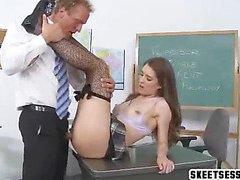 Gilr gets pussy eaten by teacher