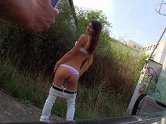 Slim amateur chick posing and outdoor fucking for cash