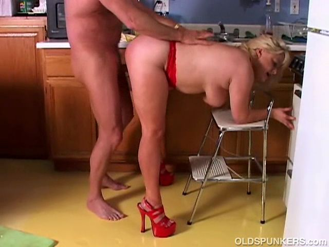 Step playfellow bang mom in kitchen first 9